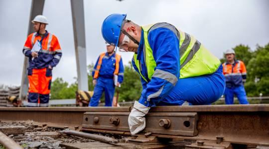 Подъёмный ремонт жд путей